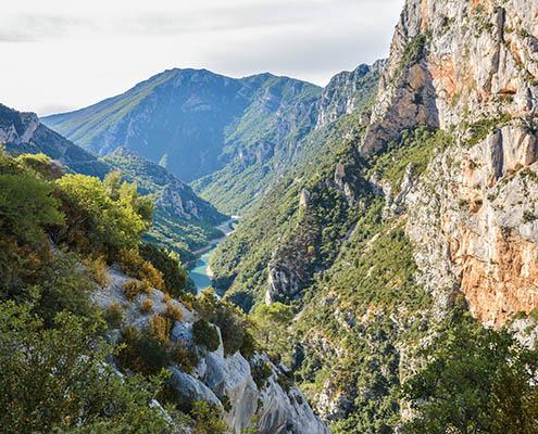 Wandel in het voorjaar mee op een huttentocht door de Gorges du Verdon in Zuid-Frankrijk (ToNic-Pics)